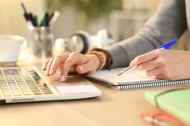 Keuntungan jadi penulis online